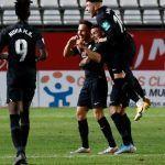 El Recreativo Granada se doctora remontando en su visita al Real Murcia CF