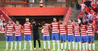 Un Granada CF, exiguo de timonel, cae en Los Cármenes ante la Real Sociedad